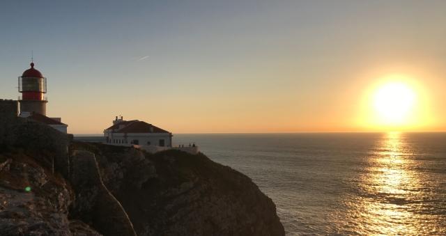 Zachodzące słońce na końcu Europy_Sagres, Portugalia