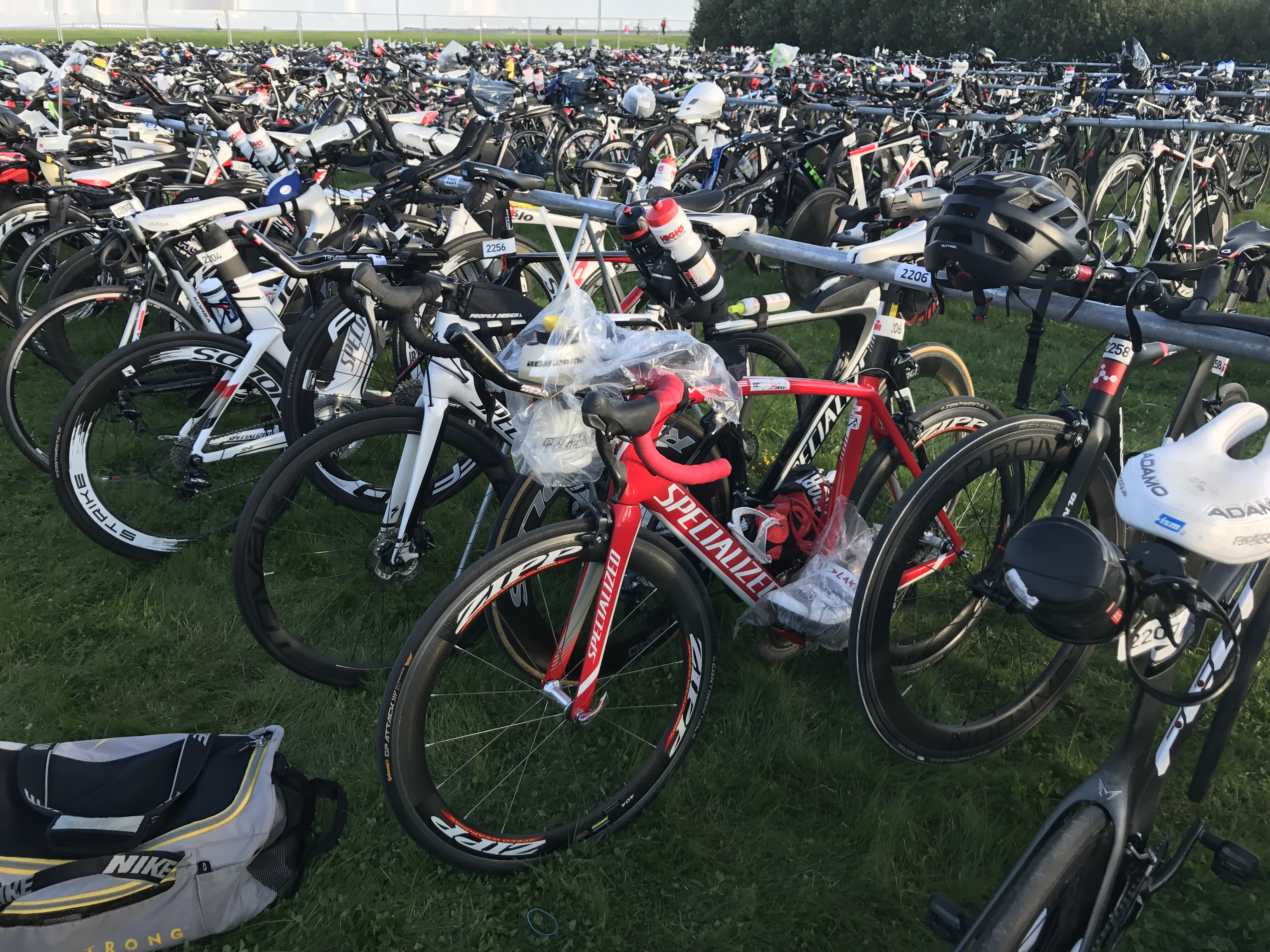 parking rowerowy Ironman
