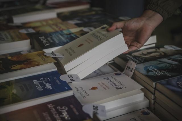 Książka w dobrym towarzystwie